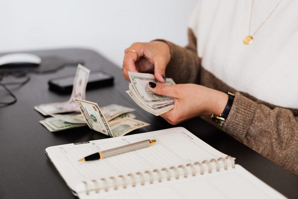 Modelos de presupuestos estimados y fijos
