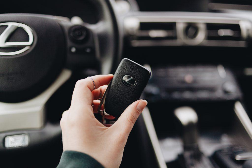 Tipos de llaves para autos